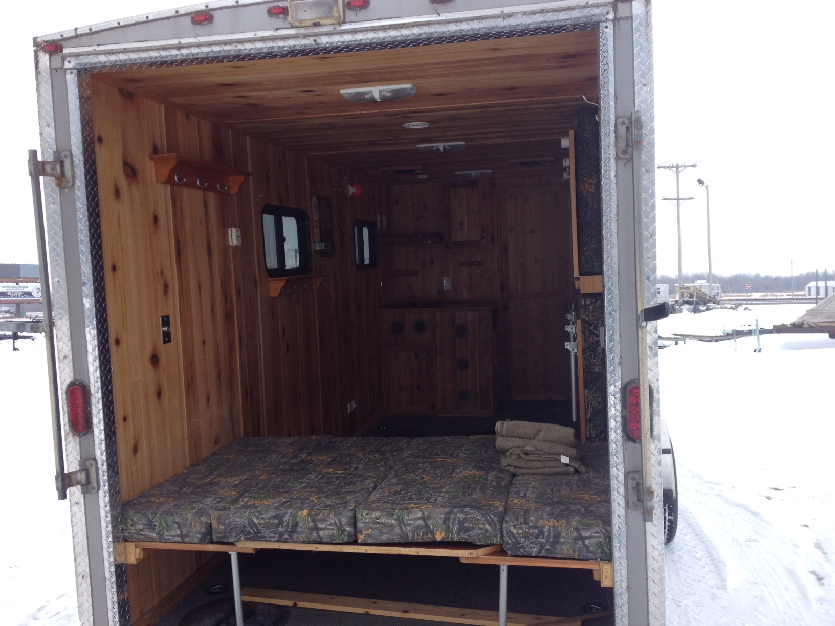 Classified ad fish house for sale red lake mn ice for Lodge fish house